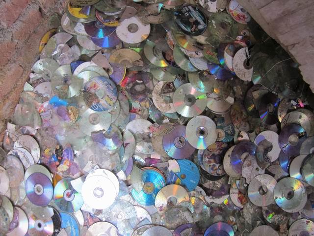 pc cd  dvd disc scrap