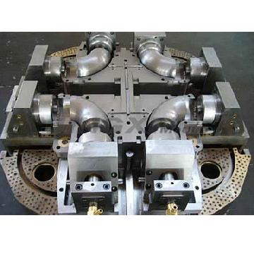 pvc-plastic-pipe-injection-mold-maker