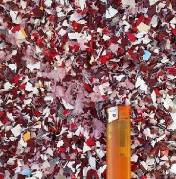 pvc macinato rosso red Basplastic di P. Bas Pordenone Udine Pvc e Pet foglia macinato regrind sheet