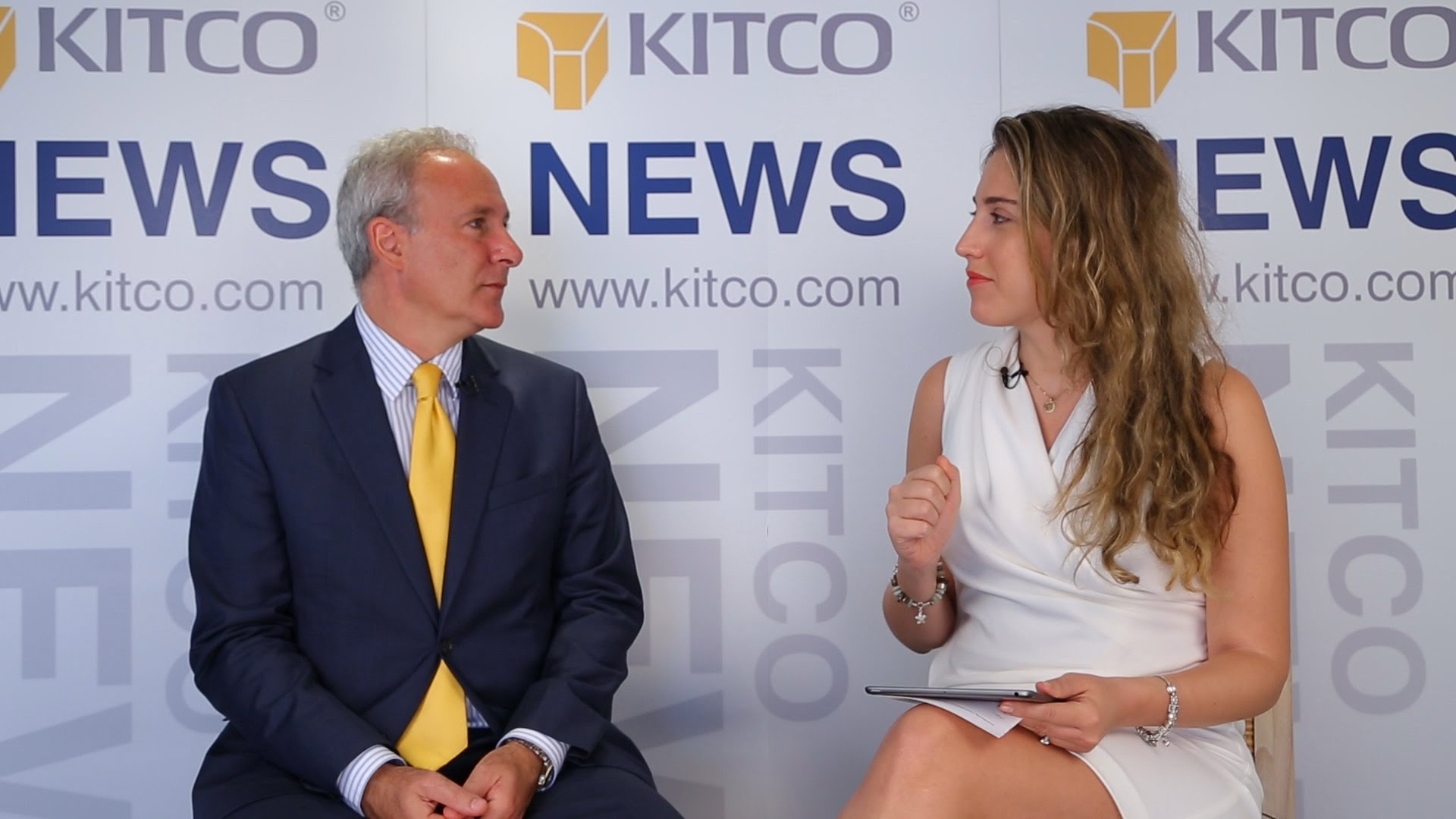 Gold Still On Launch Pad As We Start 2015 - Peter Schiff | Kitco News