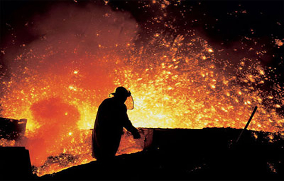 CIS crude steel output declined further in Dec '14