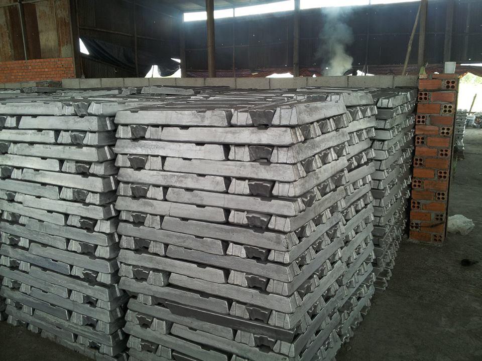 Aluminum ingot 99.7% Scrap
