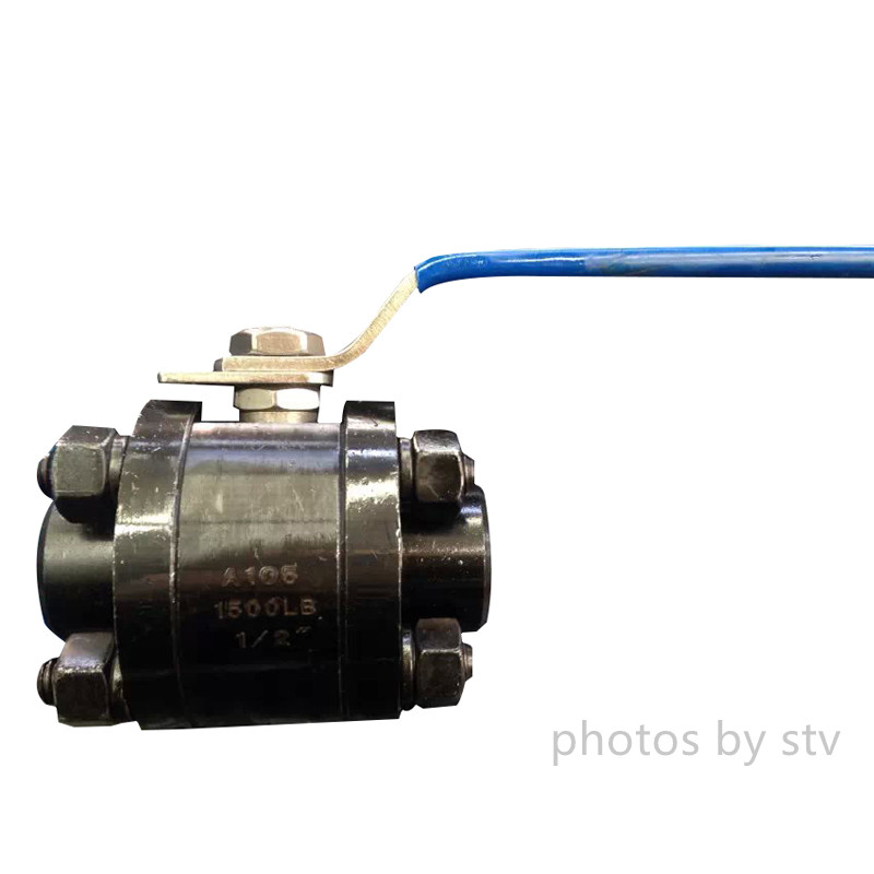 3-Pc Ball Valve Floating Full Port, Class 800# , A105 Body , 316 / Ptfe Trim , Npt
